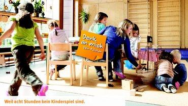 """Plakatmotiv der Präventionskampagne """"Denk an mich - Dein Rücken"""""""