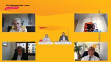 Diskussionsrunde v.l.o.n.r.u.: Hilde Mattheis MdB (SPD), Harald Weinberg MdB (Die Linke), Dr. Georg Kippels MdB (CDU/CSU), Dr. Reinhard Houben MdB (FDP); Moderation (Mitte): Dagmar König (ver.di Bundesvorstand) und Axel Schmidt (ver.di)